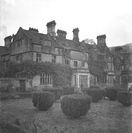 y050001-derwent-hall-501-400-8-negy-copy
